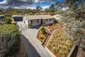Preview image for 10 Woralul Street, WARAMANGA  ACT  2611