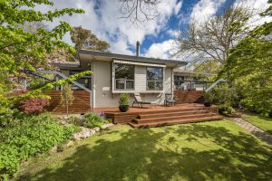 Preview image for 102 Hawkesbury Crescent, Farrer  ACT  2607
