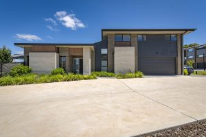 Preview image for 33/1 Bon Scott Crescent, Moncrieff  ACT  2914