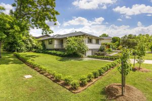 Preview image for 19 Birdwood Street, Hughes  ACT  2605