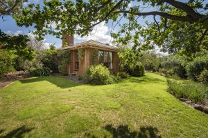 Preview image for 275 Hindmarsh Drive, Rivett  ACT  2611