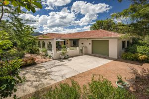 Preview image for 33 Fincham Crescent, Wanniassa  ACT  2903