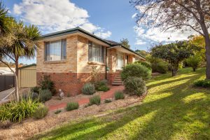 Preview image for 5 Deloraine Street, Lyons  ACT  2606