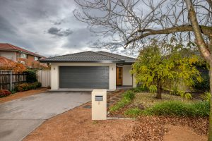 Preview image for 2 Taroona Place, Lyons  ACT  2606