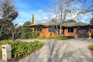Preview image for 15 Thomson Street, Chifley  ACT  2606